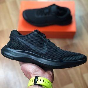 NEW Nike Flex Experience RN 7 (908996-002) Womens